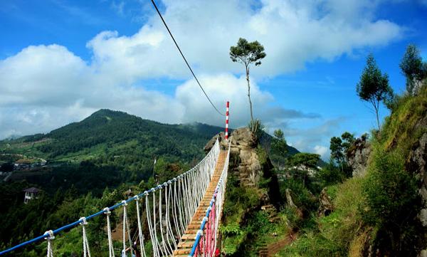 Merah Putih Bridge In Dieng Kulon Village Banjarnegara